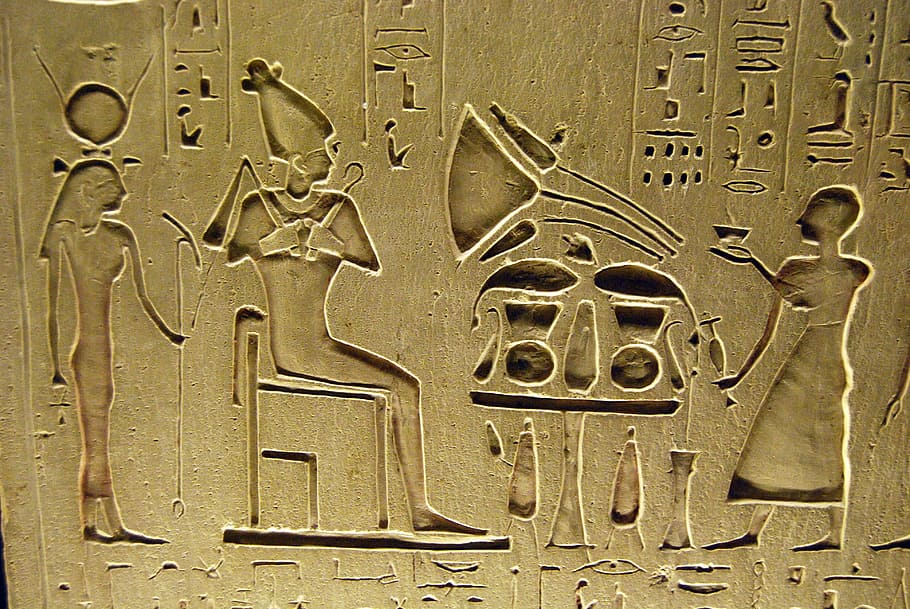 hieroglyphs-writing-egyptian-pharaoh